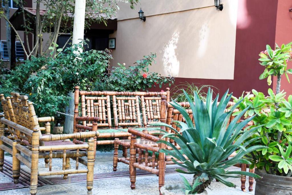 Darya Village Hotel Services